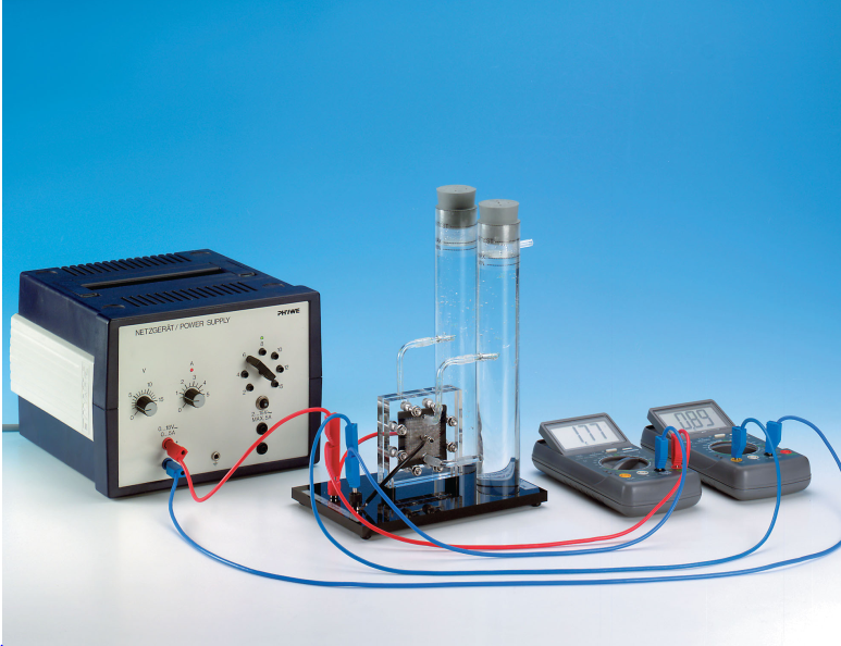 Characteristic and efficiency of PEM fuel cell and PEM electrolyser